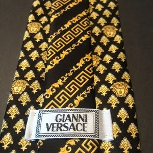 VTG Versace Medusa & Greek Key Tie.Italy.NWOT